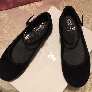 Gucci girls black shoes